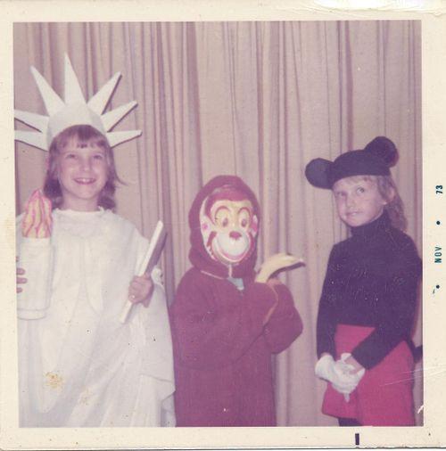 Statue of Liberty, Monkey, Mini Mouse